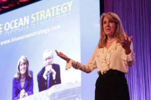 """Renée Mauborgne, co-autrice del libro """"Strategia Oceano Blu"""""""