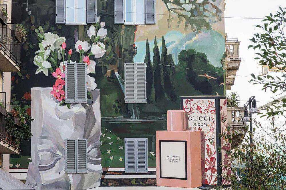 Gucci art wall bloom